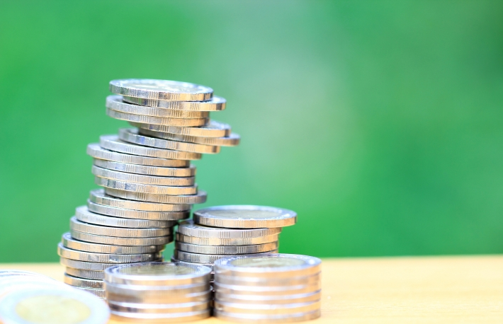 https://www.shutterstock.com/image-photo/saving-money-stack-coins-on-natural-1045550617?src=jzWrK2XwAAqMUw9YbeFoKg-1-14