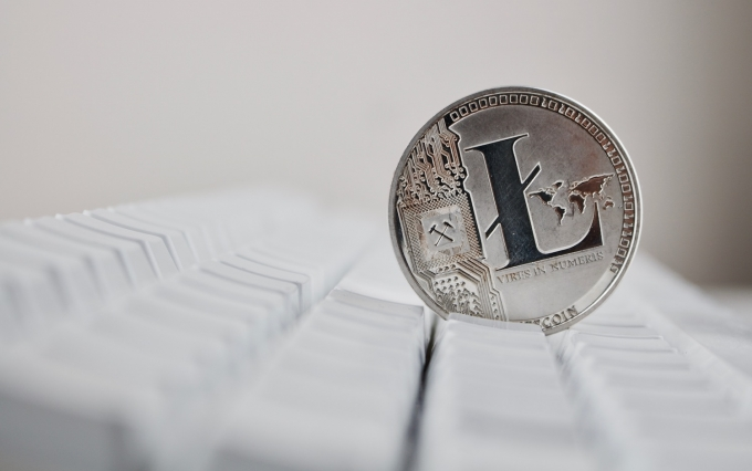 https://www.shutterstock.com/image-photo/digital-currency-physical-silver-litecoin-coin-666234691?src=LF3WRa-afwR2aupZYNjrsQ-1-74