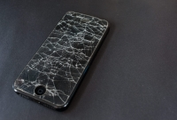 cracked, iphone