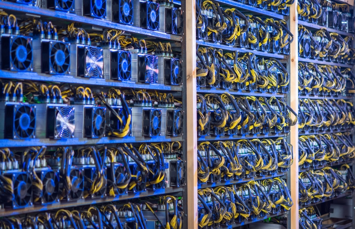 cryptocurrency mining farm