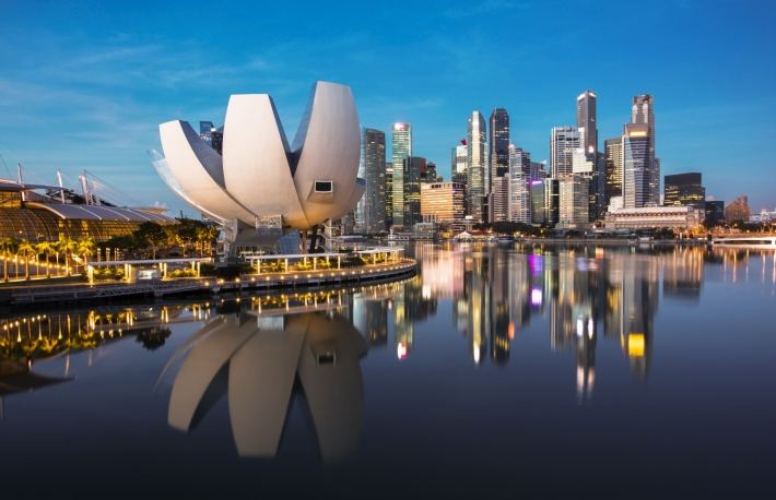 https://www.shutterstock.com/image-photo/singapore-cityscape-dusk-landscape-business-building-595687325?src=Ztc90JNOIusaarkmvlDL4A-1-22