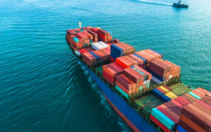 https://www.shutterstock.com/image-photo/aerial-view-container-cargo-ship-logistic-784765822?src=CI9LCjfJeKIHlJbGrVe9Bw-1-6