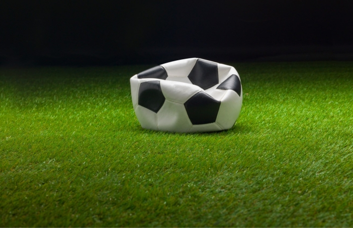 https://www.shutterstock.com/image-photo/deflated-soccer-ball-1053297167?src=mshDMCFeIgDEHaTL1Pqvng-1-4