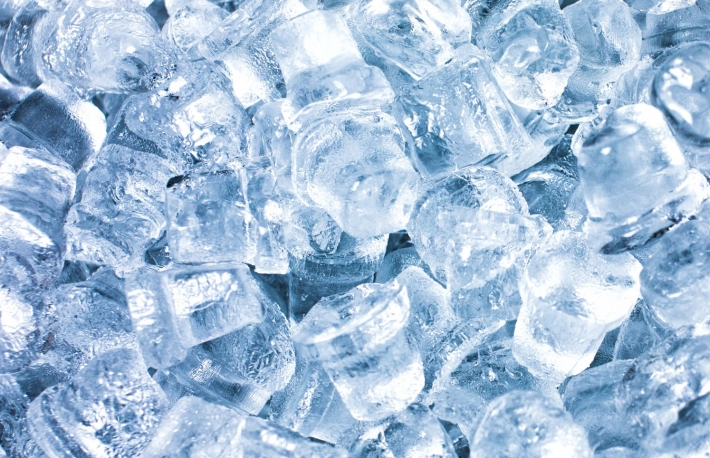 https://www.shutterstock.com/image-photo/ice-cubes-cocktails-closeup-on-blue-764225425?src=f64A5ovZjIYf4a1RPFFkzg-1-91