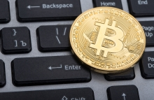 https://www.shutterstock.com/image-photo/golden-bitcoin-on-keyboard-540755671?src=aDseaXMyxj98BP7zDOczSA-1-20