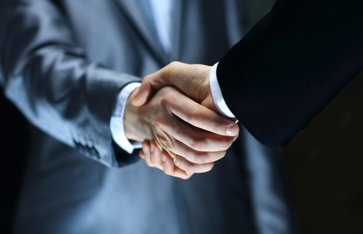 https://www.shutterstock.com/image-photo/handshake-hand-holding-on-black-background-132708305?src=mEmPw-IoR1d7hArNWRCUeQ-1-15