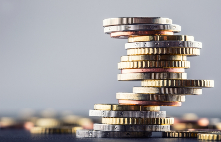 https://www.shutterstock.com/image-photo/euro-coins-stacked-on-each-other-382756228?src=3owIj_aEyOE5UXnicboy0g-1-65