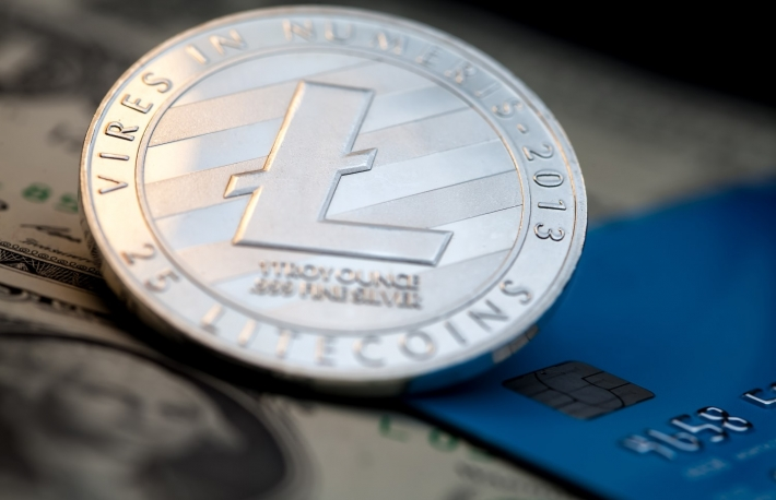 https://www.shutterstock.com/image-photo/litecoin-cryptocurrency-silver-token-blue-credit-1046581165?src=lRlP0FzyRCqDcphtVLI7Lw-1-10