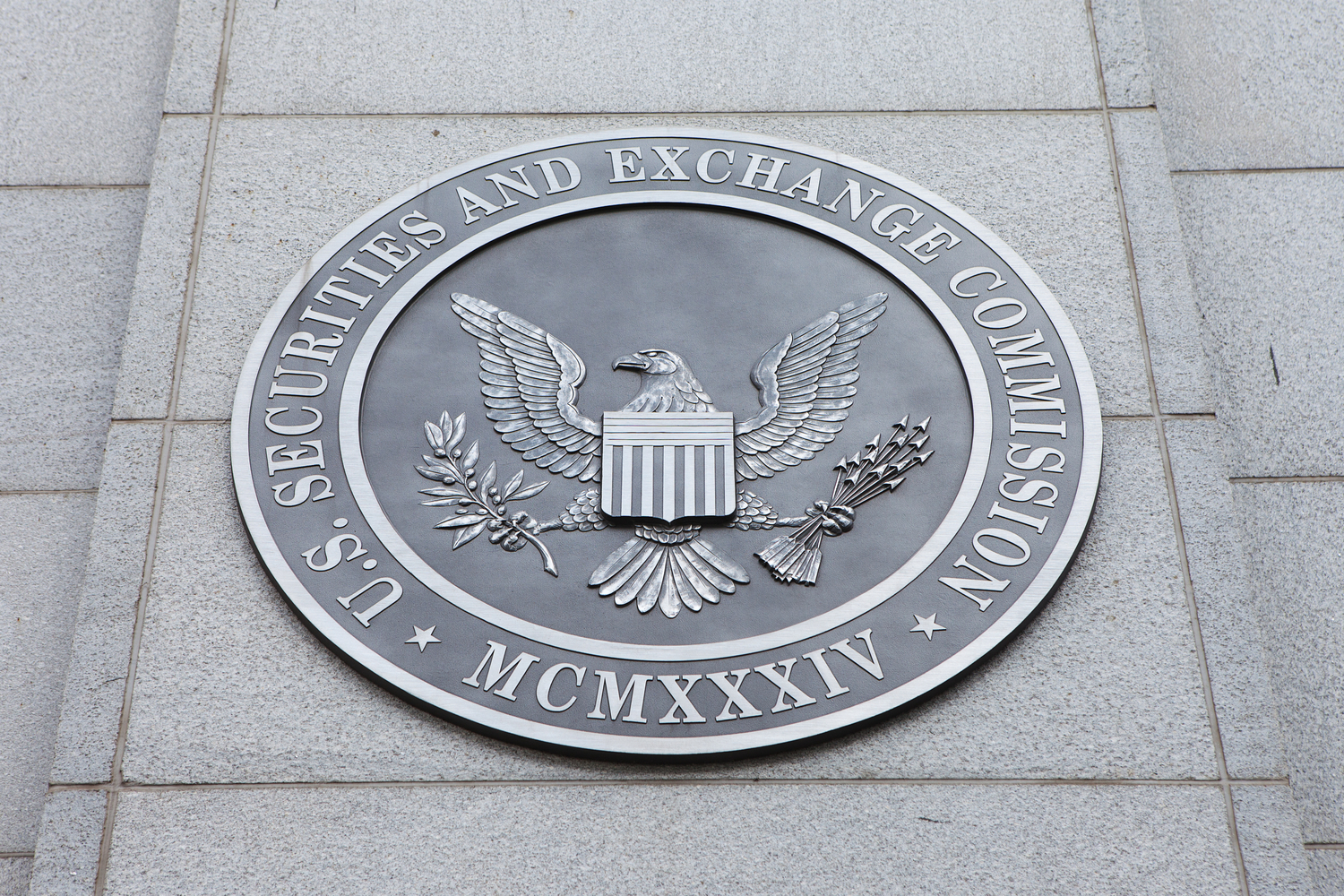 ETF Tied to Bitcoin Futures Withdrawn After SEC Staff Request