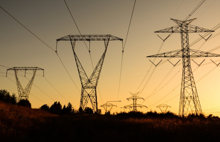 https://www.shutterstock.com/image-photo/pylon-high-voltage-power-lines-silhouette-287092307?src=-krHNtzHwNVJeBxR2j4ysA-1-62