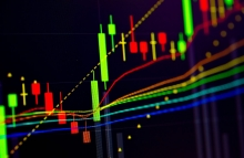 https://www.shutterstock.com/image-photo/fundamental-technical-analysis-concept-candle-stick-1134606401?src=fyhxUYYuakGETJYe5xoafQ-2-0