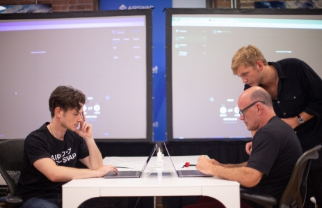 AirSwap co-founder Michael Oved and investor Michael Novogratz, image by Lucas Hoeffel/ AirSwap