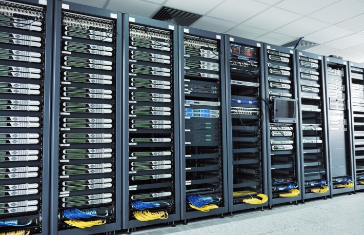 https://www.shutterstock.com/image-photo/network-server-room-computers-digital-tv-92066195?src=dbxCi0v5QRsoBHNfmpGWdg-1-27