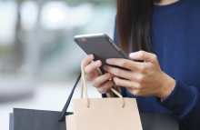 https://www.shutterstock.com/image-photo/woman-holding-shopping-bag-mobile-phone-791026123?src=nHJMOPf0j1NJDU7ce5DIgw-1-72