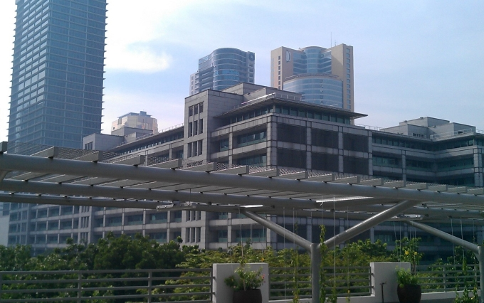 WIKIPEDIA  https://commons.wikimedia.org/wiki/File:Asian_Development_Bank,_Mandaluyong,_Philippines_-_panoramio.jpg