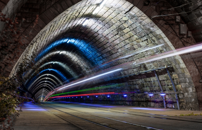 https://www.shutterstock.com/image-photo/tunnel-light-trail-796965955?src=z9YhmK5Xg0NO26ZLqH5GOg-2-8