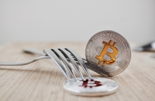 https://www.shutterstock.com/image-photo/digital-currency-physical-silver-bitcoins-on-666842179?src=bUTj5zVdnAv-WOOgCcq2cg-1-26