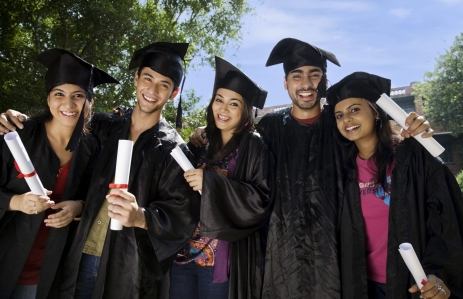https://www.shutterstock.com/image-photo/college-students-graduation-ceremony-312204941?src=SUdTLWh749dyJ4kE5rLl-g-1-24