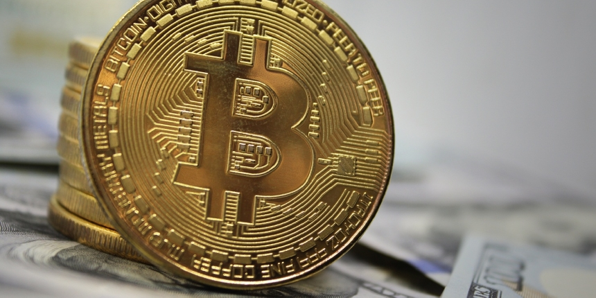 Bitcoin Price Today Online Trading End  Losing Six-Month.
