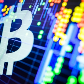 4 Crypto Assets Break Above Key Moving Average, Leaving Bitcoin Behind