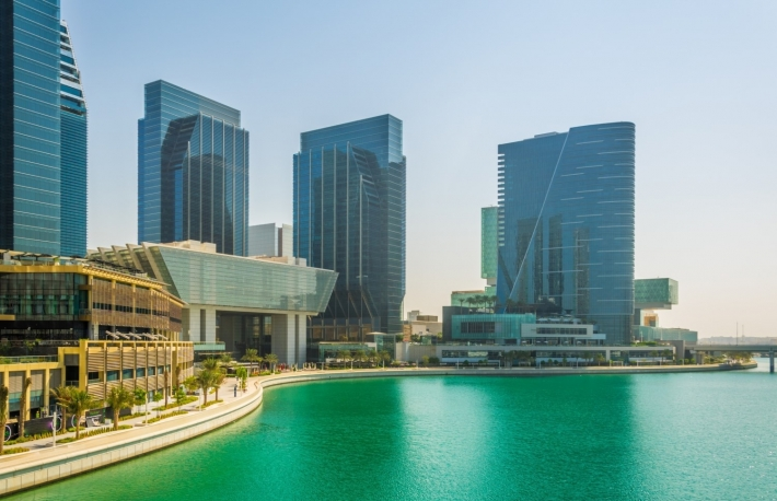 https://www.shutterstock.com/image-photo/al-maryah-island-abu-dhabi-being-607300529?src=Z2SteVgMBezencoGTIdjKg-1-1