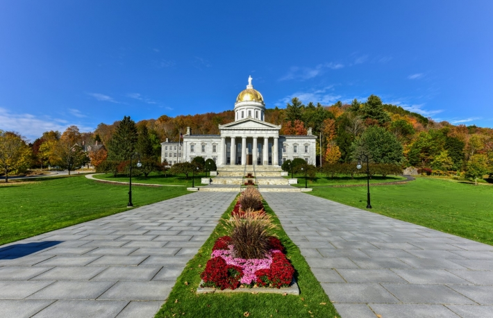 https://www.shutterstock.com/image-photo/state-capitol-building-montpelier-vermont-usa-333129974?src=N4YW4G1pDbQudc1npbwrJw-1-0