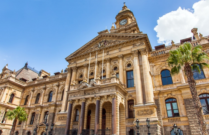 https://www.shutterstock.com/image-photo/city-hall-cape-town-south-africa-632946917?src=MCn9XYc41csIRa5T7l-7AQ-1-0