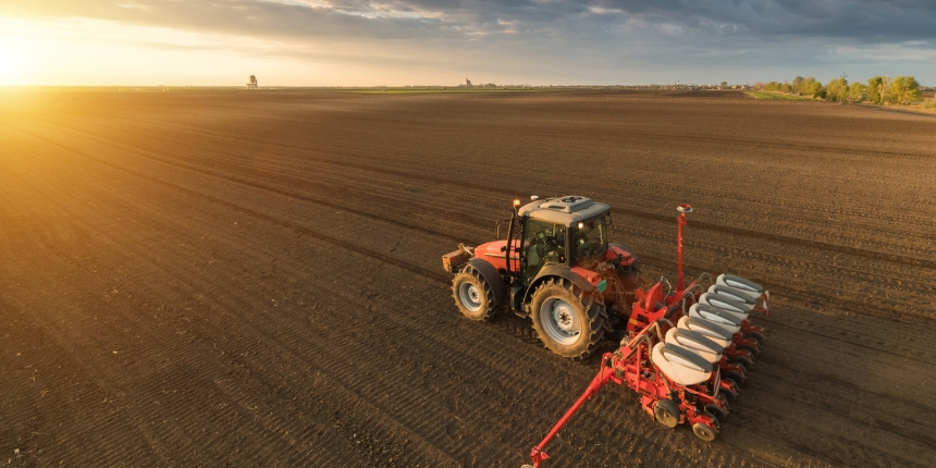 https://www.shutterstock.com/image-photo/farmer-tractor-seeding-sowing-crops-agricultural-625102589?src=luA63ce8VcVvh728bkIR9A-2-41
