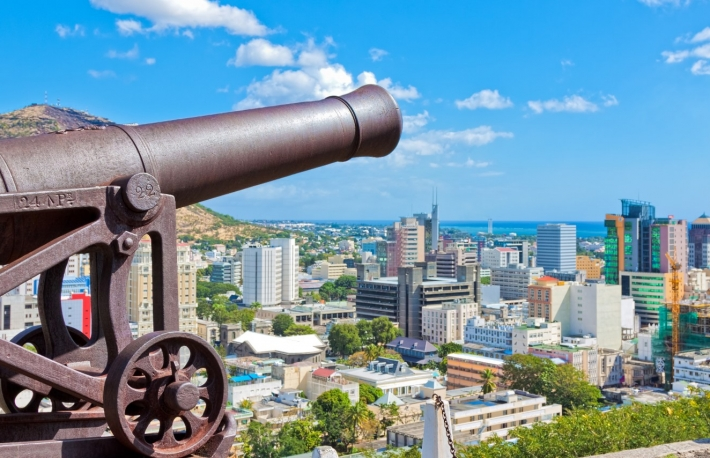https://www.shutterstock.com/image-photo/view-port-louis-mauritius-africa-129467672?src=VR-0-NpFM-v595Nmyx3jgw-1-34