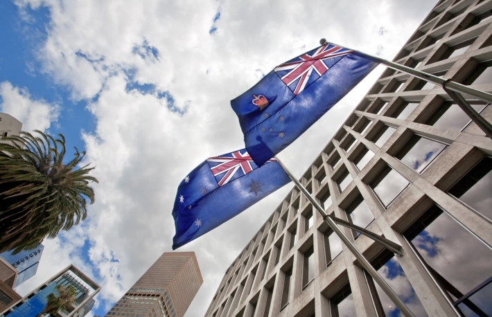 https://www.shutterstock.com/image-photo/australian-flags-waving-on-government-building-1259551534?src=Hmb-rfXKUDjcwx2m76JkzQ-1-25