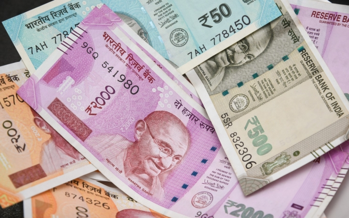 https://www.shutterstock.com/image-photo/brand-new-indian-currency-bank-notes-765678814?src=4JBBTzb2NFjenREsP_1Rdg-1-69