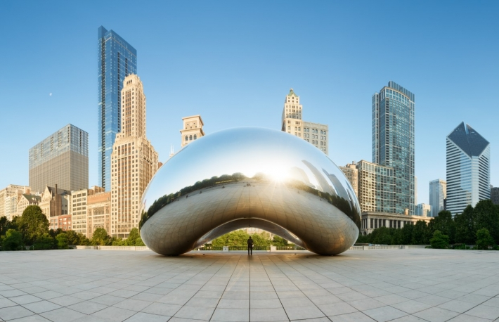 https://www.shutterstock.com/image-photo/chicago-illinoisusajune-30-2013-panoramic-image-1075027280?src=dABVXYK4vX7Bs7Q_YEcDKg-1-2