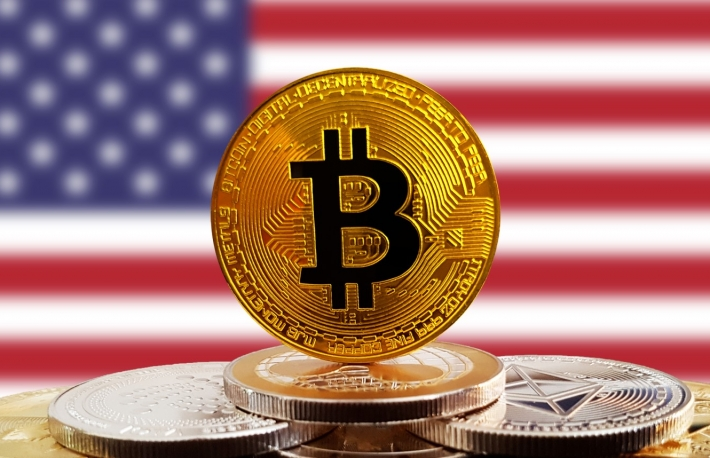 https://www.shutterstock.com/image-photo/bitcoin-btc-on-stack-cryptocurrencies-united-1128389969?src=lKZfamzPmF_7t075k6tppQ-2-40&studio=1