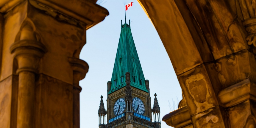 Canada's Crypto Exchanges Must Now Register as MSBs, Report Transactions Over K