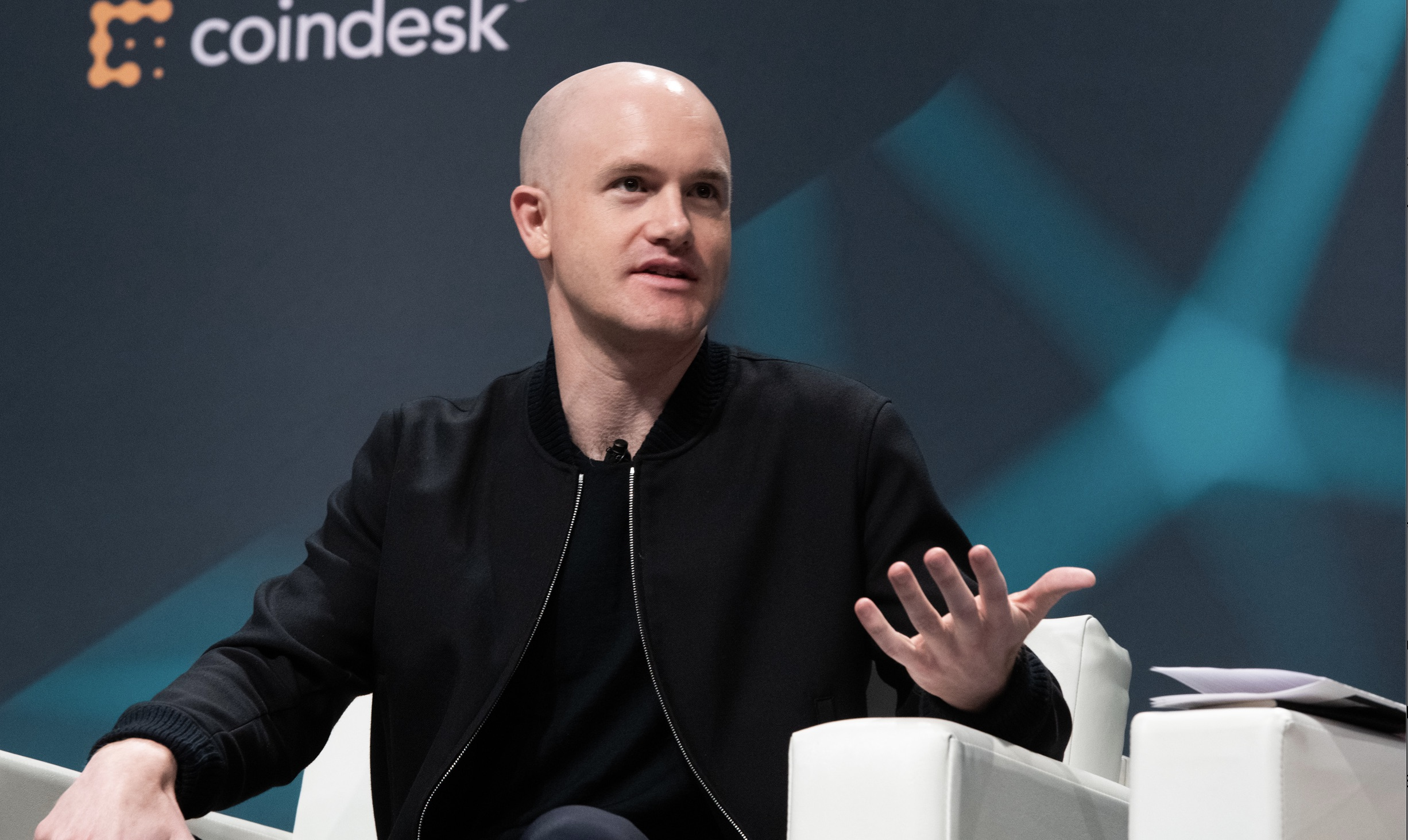 who owns coinbase