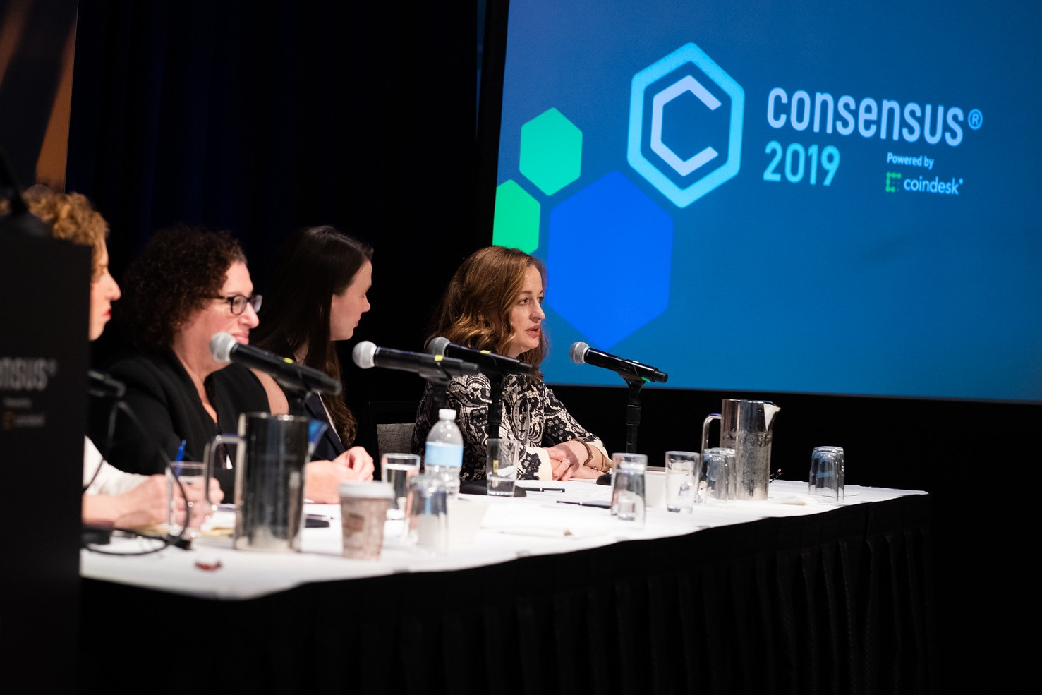 CFTC Taps Coinbase Lawyer to Head Division Overseeing Bitcoin Futures - CryptoUnify Advanced Cryptocurrencies Platform