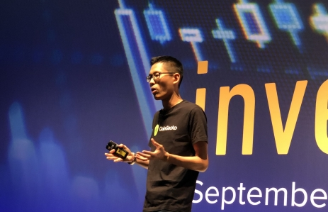 CoinGecko cofounder Bobby Ong speaks at Invest: Asia 2019, photo by Wolfie Zhao for CoinDesk