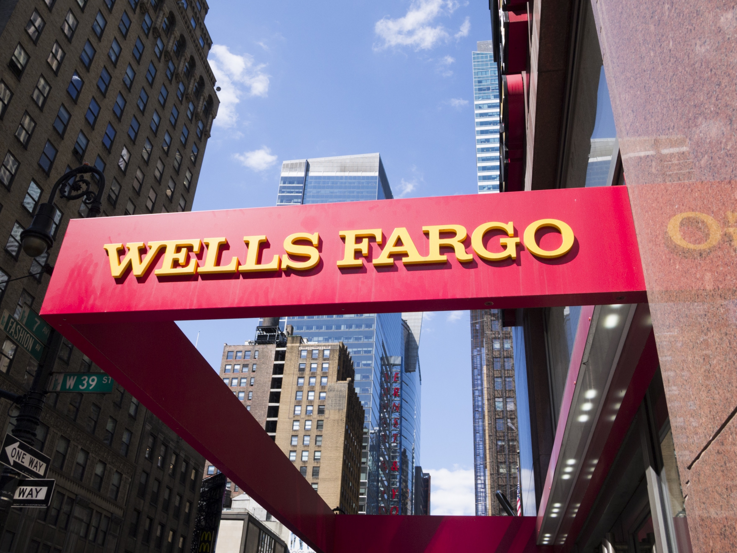 wells fargo i want to buy cryptocurrency