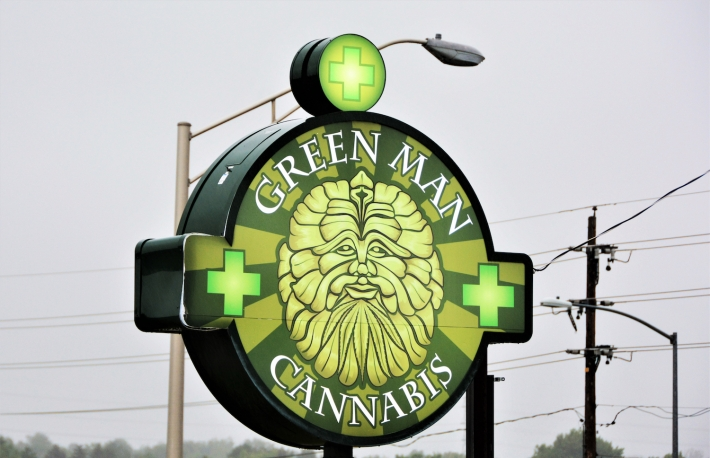 colorado_marijuana_cannabis_dispensary_shutterstock