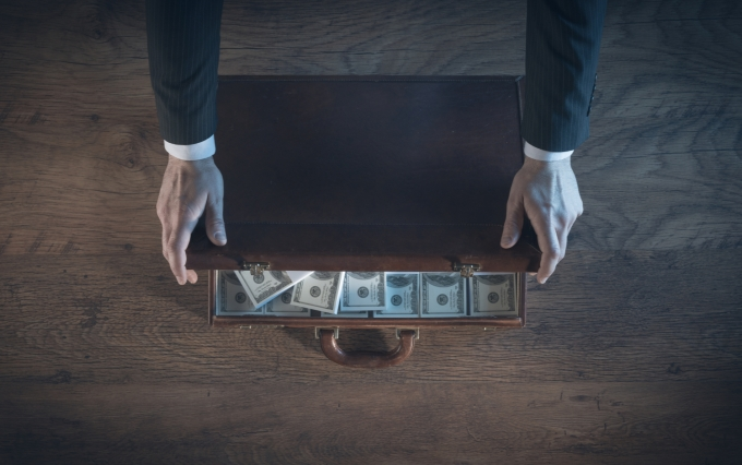 https://www.shutterstock.com/image-photo/rich-businessman-opening-leather-briefcase-filled-313416554?src=a2e83f73-cb9f-4ded-90a0-22b00dd55e36-1-37&studio=1
