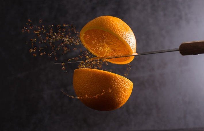 https://www.shutterstock.com/image-photo/knife-orange-cut-half-frozen-mid-446437591?src=1088070f-33fa-4c6d-ae5e-669589b90034-1-23