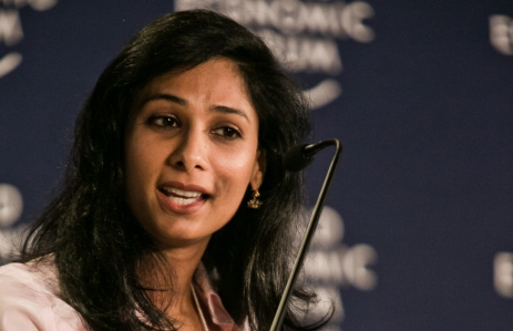 https://en.wikipedia.org/wiki/Gita_Gopinath#/media/File:Gita_Gopinath_at_the_World_Economic_Forum_on_India_2012.jpg
