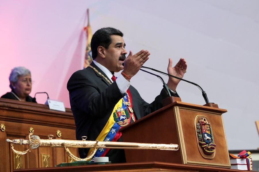 Venezuela's Maduro: Airlines Must Use Petros to Pay for Fuel - CoinDesk