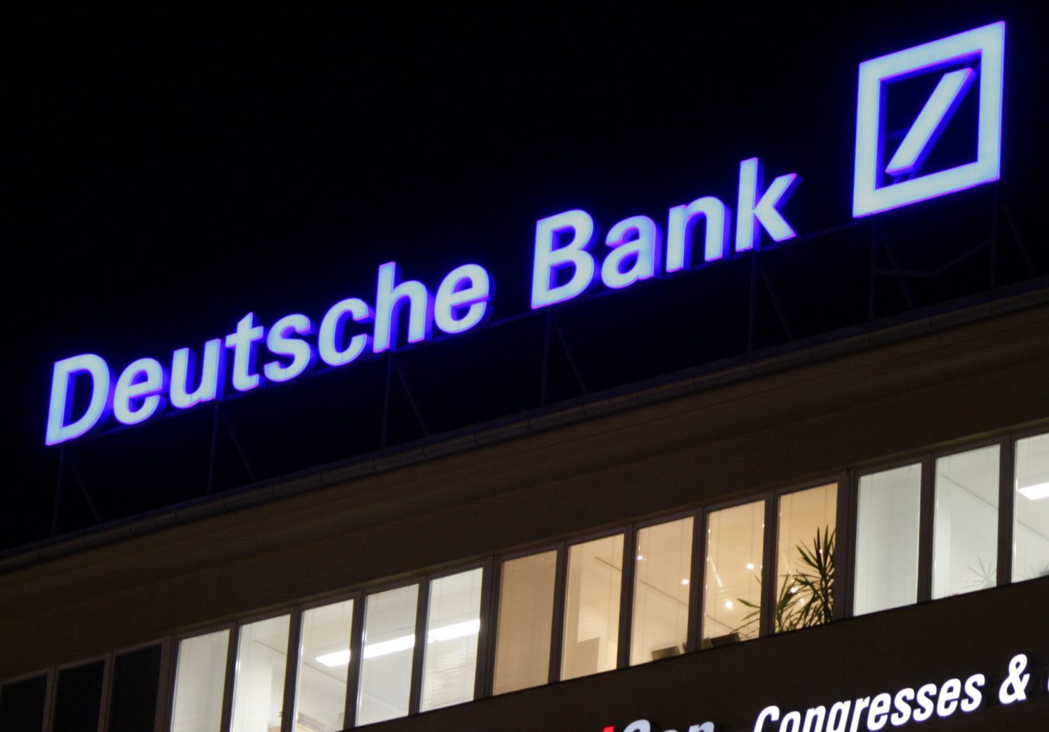Deutsche Bank Says Digital Currencies Could Be Mainstream in 2 Years - CoinDesk