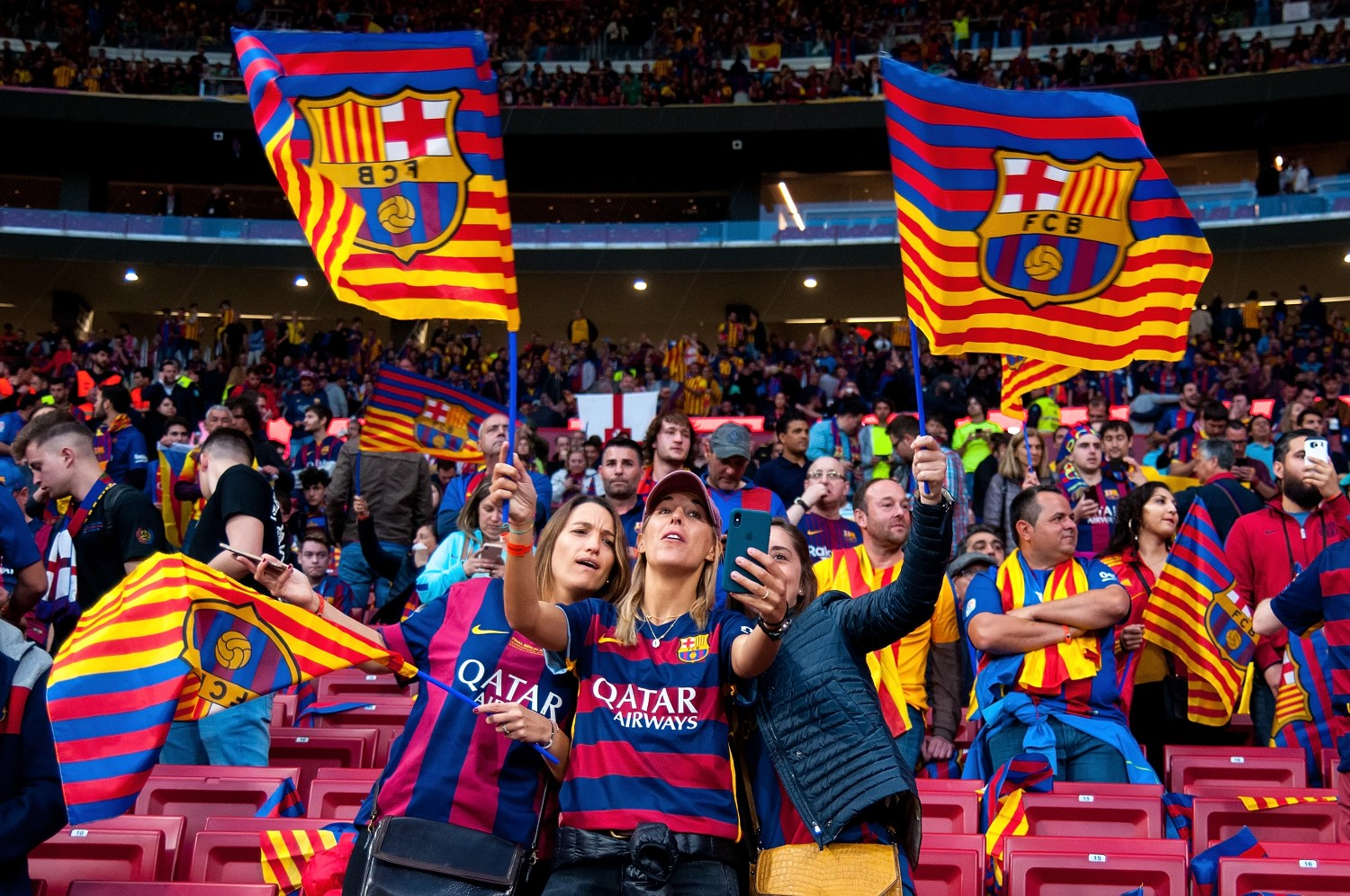 top soccer club fc barcelona launching crypto token for fan engagement coindesk fc barcelona launching crypto token