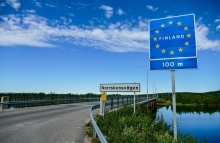 https://www.shutterstock.com/image-photo/finland-street-sign-border-between-sweden-1528436720