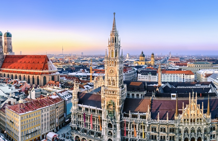 https://www.shutterstock.com/image-photo/panorama-view-munich-city-center-showing-129334115
