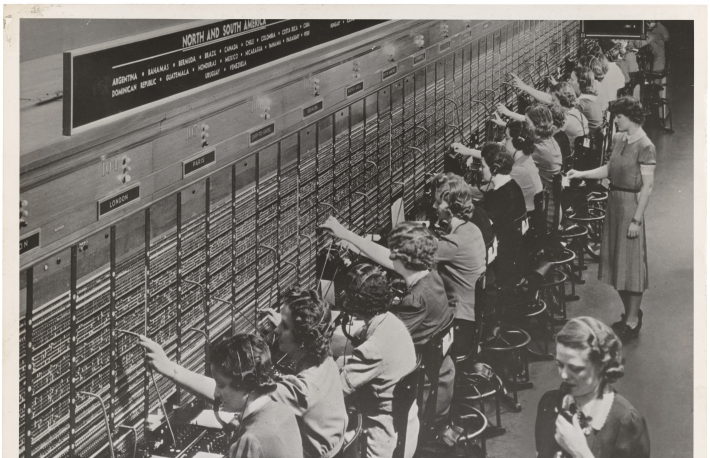 photograph_of_women_working_at_a_bell_system_telephone_switchboard_3660047829