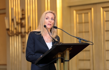 https://www.shutterstock.com/image-photo/moscow-russia-feb-15-lael-brainard-128496860