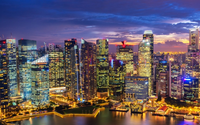 https://www.shutterstock.com/image-photo/singapore-skyline-singapores-business-district-blue-559395556